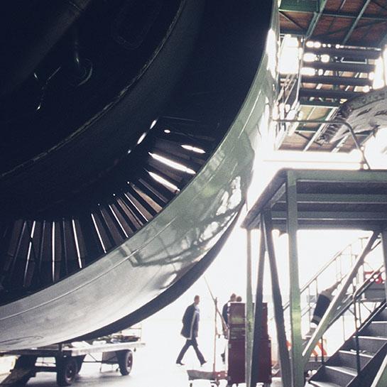 Aeronave en mantenimiento